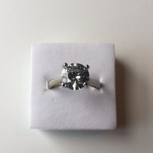 Stamped925(sterling silver)3 Carat cubic Zirconia